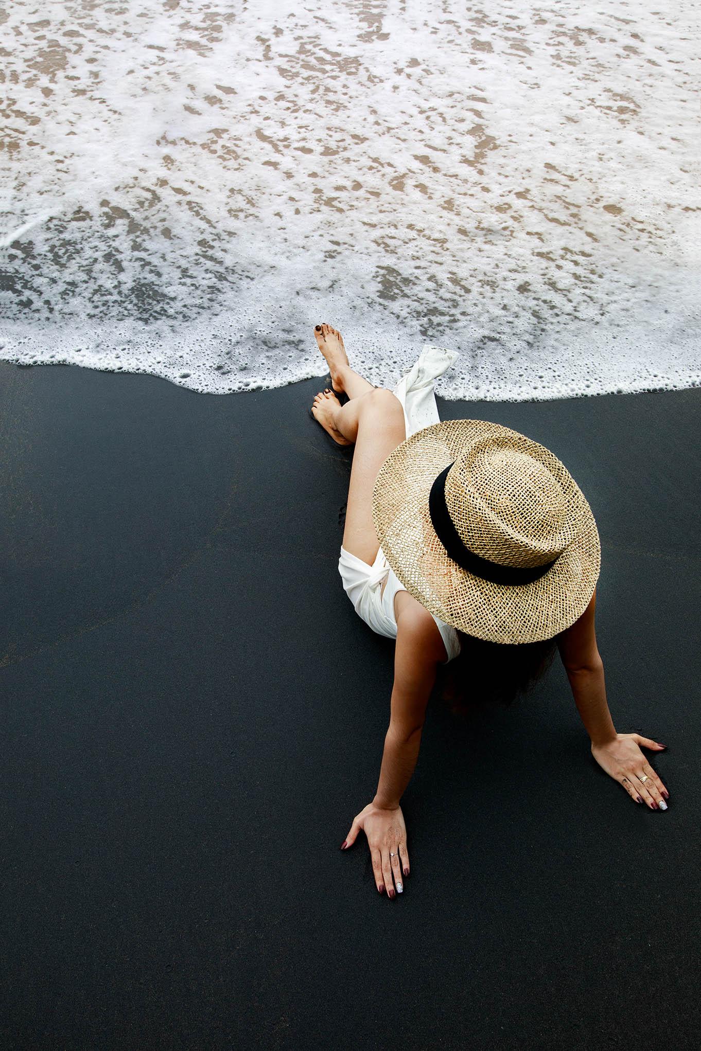 จุดเช็คอินถ่ายรูปปังๆ-ทะเลทรายสีดำ-กับน้ำทะเลใสๆ-ฟินมวากก ที่พักเขาหลัก,บันดารี,รีสอร์ท,แอนด์,สปา,เขาหลัก,หาดนางทอง,ทะเลสีดำ
